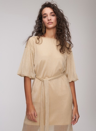 People By Fabrika Simli Kuşaklı Elbise Altın